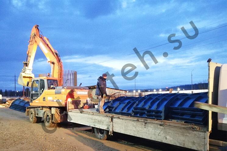 Доставка опалубки моста